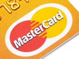 MasterCard Exec Talks Cautious Approach to Blockchain Tech