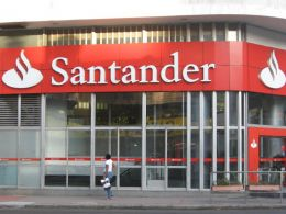 Santander Becomes First U.K. Bank to Introduce Blockchain Technology for International Payments