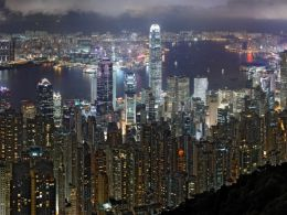 Hong Kong business students says bitcoin is too risky: