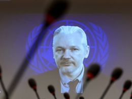 Julian Assange Proves He's Alive Using The Bitcoin Blockchain